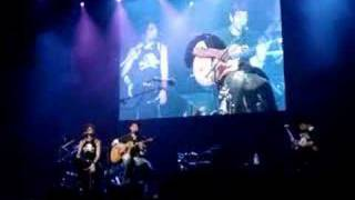 Godsmack - Hollow (1) Acoustic w/ Lisa Guyer Live Brad Delp