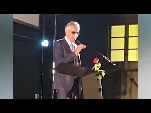 Coronavirus, la replica di Bocelli: «Mi hanno dato del negazionista, sono stato frainteso»
