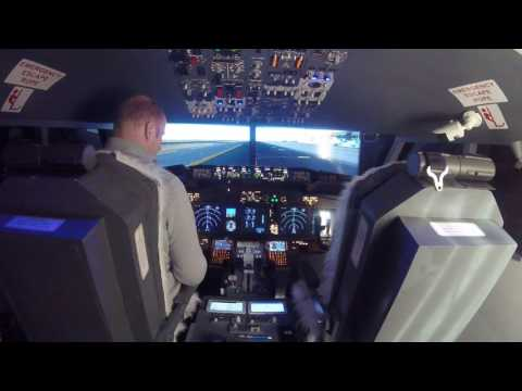 Home Flight Simulator 737 - Push Back  and Take Off Bruxelles_ Boeing 737-800 Home