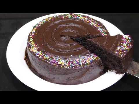 BEST Chocolate Cake with Chocolate Frosting | chocolate cake + frosting from scratch recipe