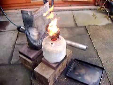Burner for waste engine oil youtube for Used motor oil heaters