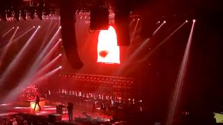 "Twenty One Pilots ""Stressed Out"" live in Stuttgart 2019"