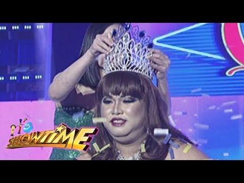 It's Showtime Miss Q & A: Carlota Chabilita Mondragon extends her reign as Miss Q and A.