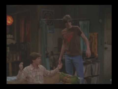 That 70's show S06E20 - Eric 'reveals' he dated another girl