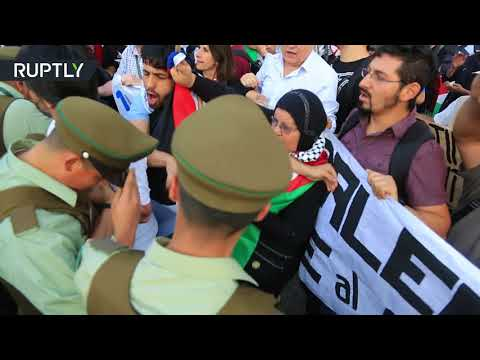 Palestinian community holds demonstration in front of US Embassy in Chile