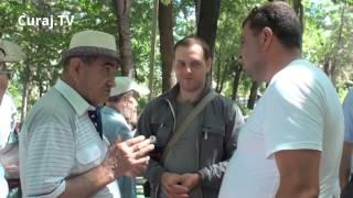 """Ceartă și amenințări în parcul central: """"Ce ne dau nouă rușii?"""""""
