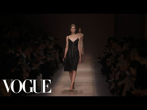 Valentino Ready to Wear Spring 2013 Vogue Fashion Week Runway Show