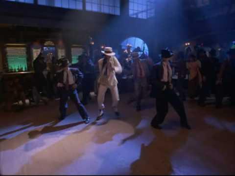 Ladysmith Black Mambazo_ The moon is dancing