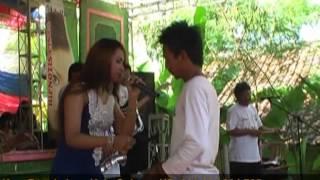 Download Mabok Tuak - Ayu Handira MP3 song and Music Video