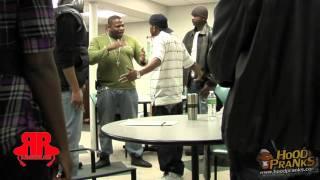 "DJ ROB E ROB/FAMBINO ""PRESENTS"" HOOD PRANKS PT.1 {YOU OWE ME MONEY}"