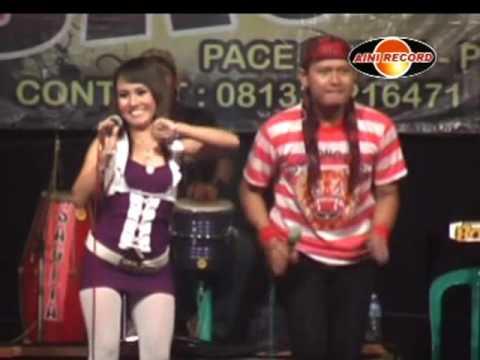 Eny Sagita & Budi - Jambu Alas (Official Music Video)