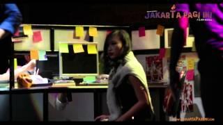 """Download lagu """"Ku Tak Bisa/Virus"""" from Jakarta Pagi Ini - A Slank Musical."""