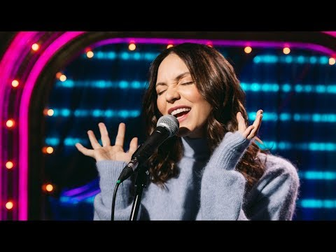 """Watch WAITRESS Star Katharine McPhee's Gorgeous Rendition Of """"She Used To Be Mine"""""""