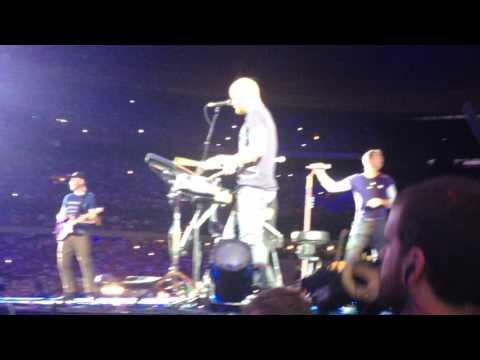 CHRIS MARTIN TOOK MY PHONE (Coldplay 15 juillet 2017-Paris)
