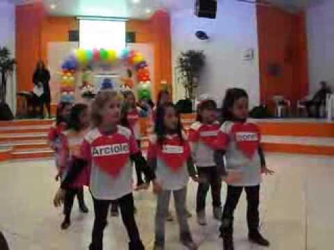 Dinamica do presente para educação infantil
