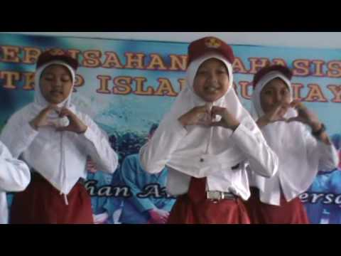 PPL STKIP 2015 perpisahan SD Islam Bumiayu Guru tersayang