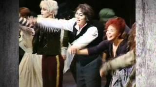 トニー賞8部門受賞作! 個性派キャストでお贈りする傑作ミュージカル・ス...