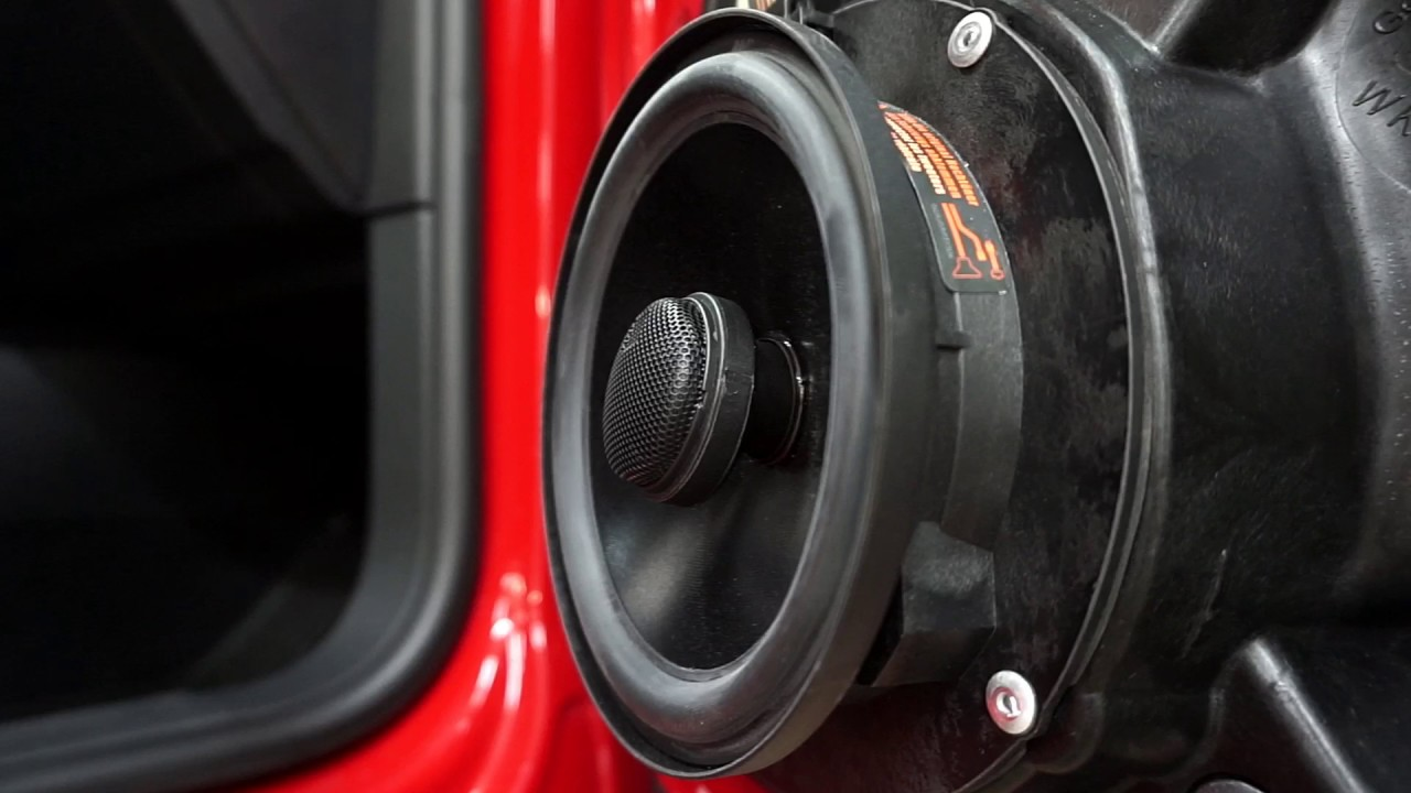 Ansluta bilens högtalare till amp