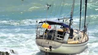 Download lagu Sailboat