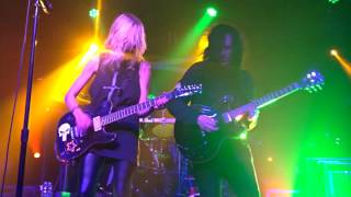 The Pretty Reckless: Take Me Down (Sioux City, Iowa)