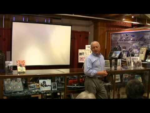 Flight: Roberto de Haro, Author