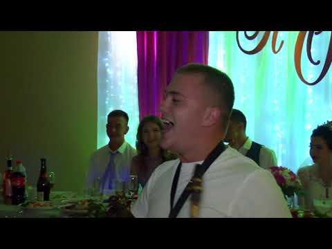 Коломийки на весіллі