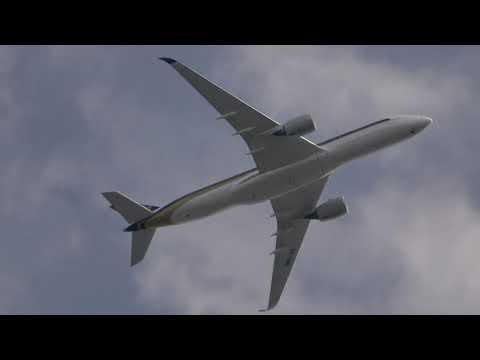 4K Super Quite Singapore 9V-SMS A359 Zooming Past My Home Into MAN On 20/07/2018