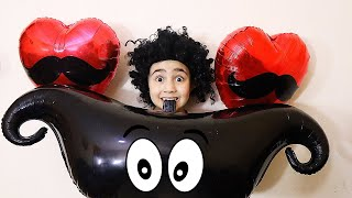 Celina and Hasouna VS Big balloons - سيلينا وحسونة بالونات