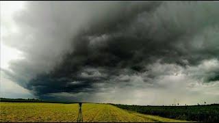 Rozpoczęcie sezonu burzowego 2020   Burza z gradem   Wał szkwałowy - 24.05.20 r.