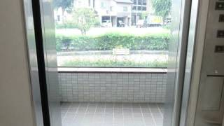 金沢市地下駐車場のエレベーター