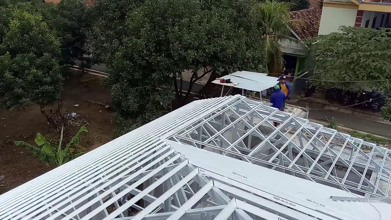 gambar rangka atap baja ringan limasan semarang taso 1mm youtube