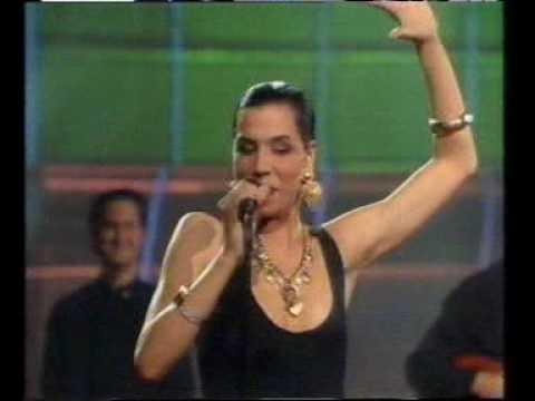 Azucar Moreno - Bandido (Eurovision 1990)