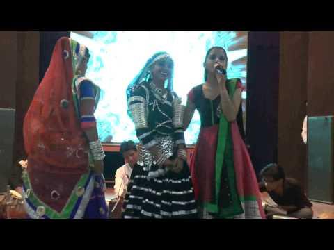 Mast kalander full song  priynka maliya with folk dancer live in bikaner