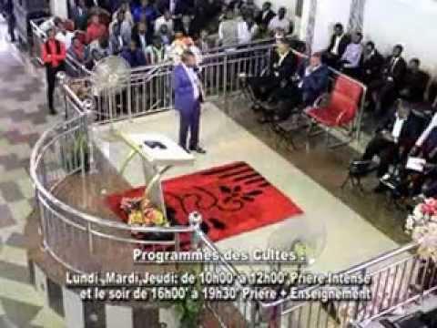 François MUTOMBO dans LA RENCONTRE PERSONNEL D'UN HOMME AVEC DIEU...(vol10)