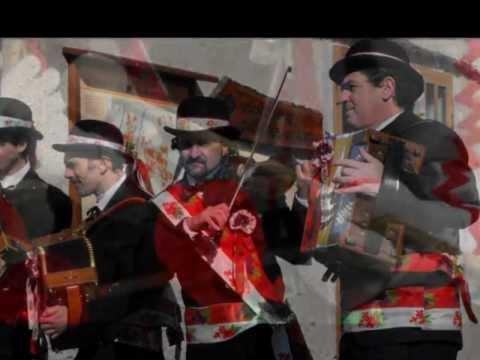 suonatori della baio 2012 - YouTube