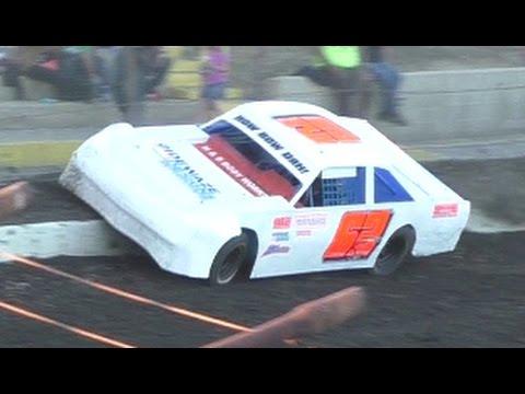 Heat Races: Bakersfield Speedway 4-29-17
