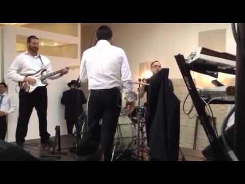 שמוליק אבידני ותזמורותו עם הזמר נמואל הרוש