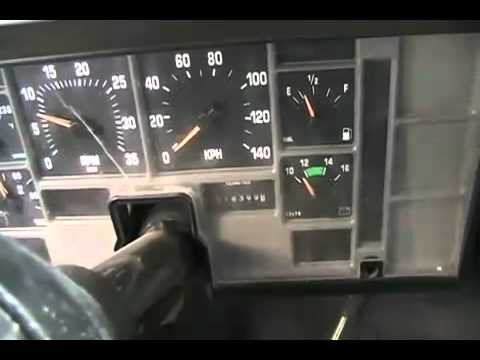 1991 Ford Diesel F250 Truck Cold Start Skyhill And