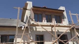 видео Демонтаж старой и монтаж новой крыши