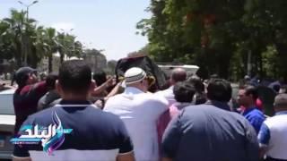تشييع جنازة شهاب حسنى من مسجد السلام بالهرم.. فيديو