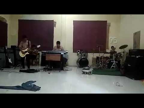 Persiapan 3 Hari Sebelum Pensi. Band SMPN 2 Surabaya