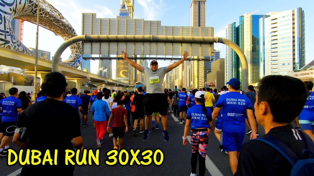 Dubai Run 30x30 on Sheikh Zayed Road