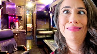 TOUR OF MY BUS!