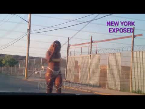 BROOKLYN TRACK EXPOSED-ON THE BLADE STREET CORNER BARBIE VOL #10