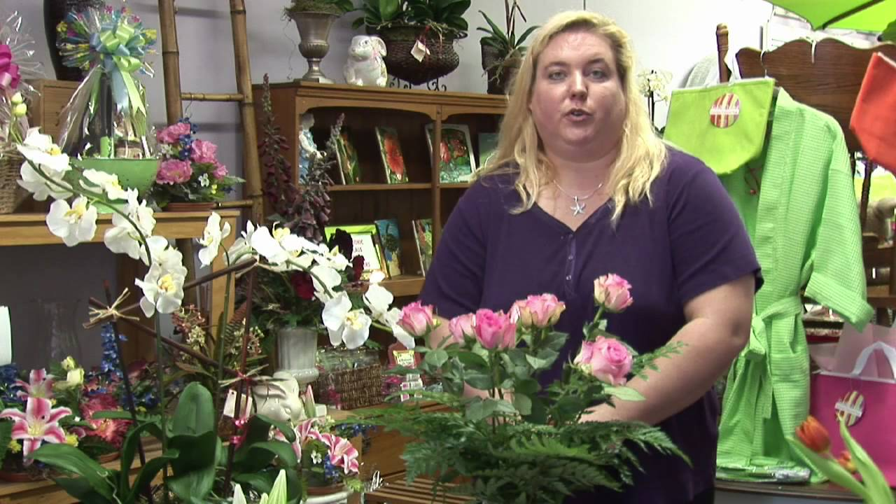 Flower Arrangements : How to Preserve Fresh Flowers - YouTube