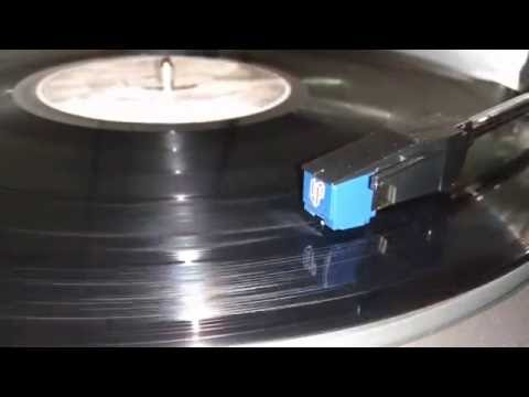 Audio Technica AT60LP-USB playing Dire Straits - Money for nothing