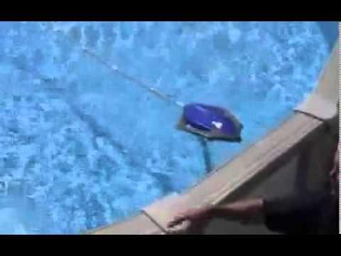 Polaris robot piscine polaris 65 youtube for Aspirateur piscine polaris 65