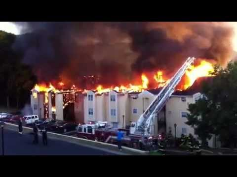 Brentwood, TN Fire at Brentwood Oaks Apartments - YouTube