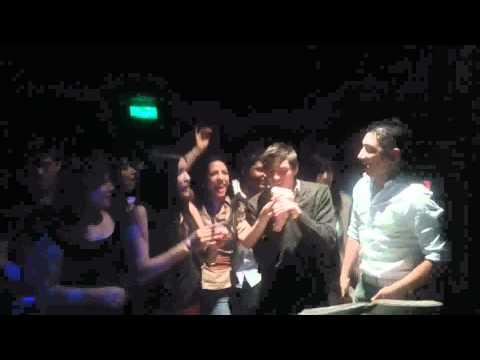 Karaoke en Podium