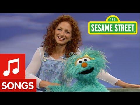 Sesame Street: Gloria & Rosita Sing A Song